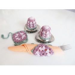 Handgefertigtes Frühstücksset, 2 Eierwärmer & 2 Seviettenbänder