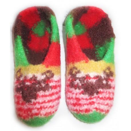 Weihnachtliche Hausschuhe aus Filz, Gr. 35-36, handgefertigte Filzpantoffeln